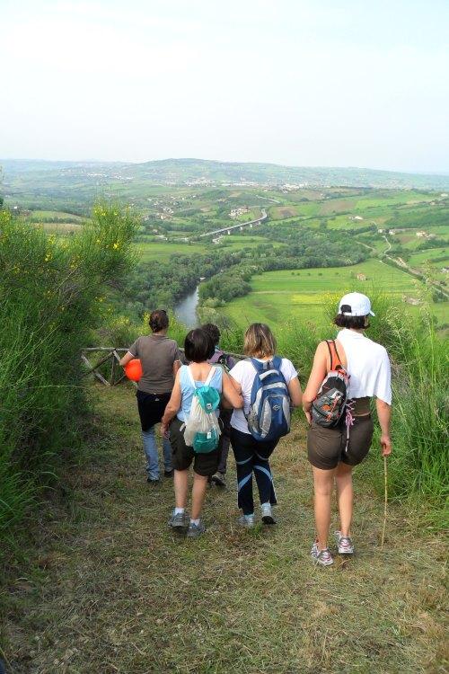 Castelpoto: un momento dell'escursione organizzata dalla Sezione LIPU di Benevento il 1° maggio 2013. (foto M. Stefanucci)